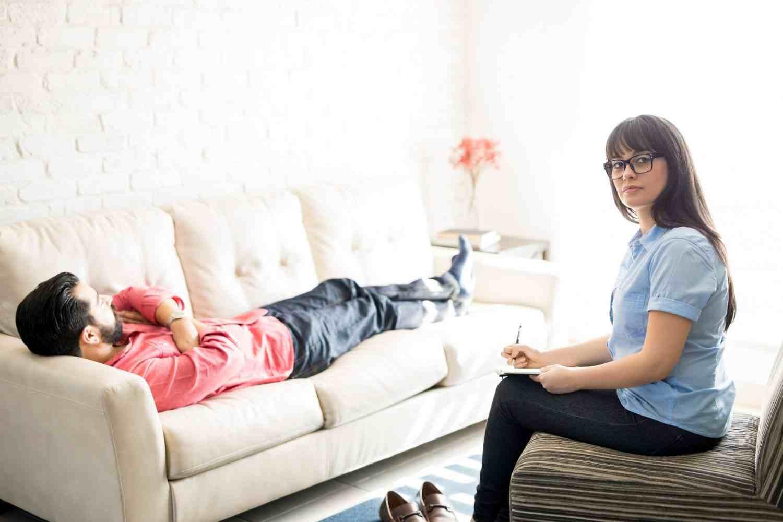 Mitos Salah Tentang Hipnoterapi yang Sering Anda Percaya