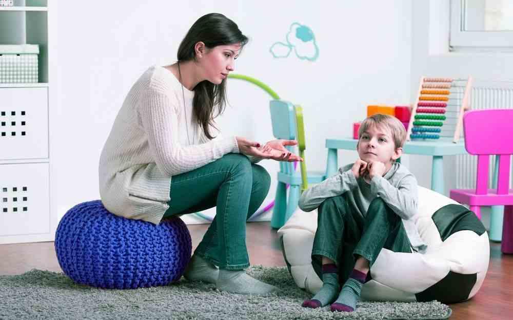 4 Pertanyaan yang Harus Anda Tanyakan ke Psikolog Anak